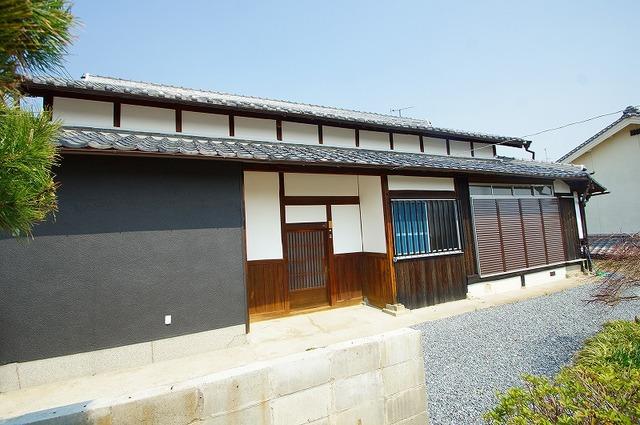 大阪府茨木市郡山の賃貸古民家の外観