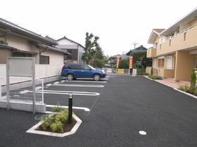 駐車しやすいスペースです☆
