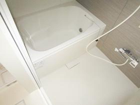 清潔感のあるバスルーム。です。