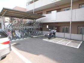 自転車置場ももちろん完備です