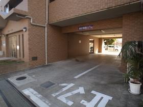 駐車場は高さ制限あります!