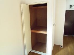 洋室の収納棚です☆大容量です☆