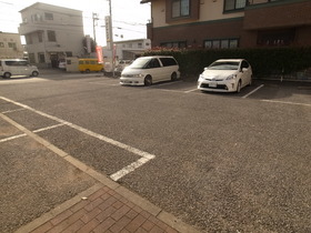 嬉しい敷地内駐車場♪