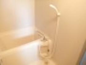 http://image.rentersnet.jp/528604aa-521f-4d6a-8319-8700d5350061_property_picture_959_large.jpg_cap_バス