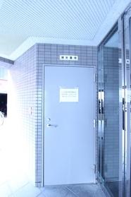 シティパレス 206号室