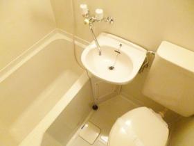 バス・トイレ・洗面所の3点セットです☆