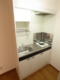 コンロ付きタイプの調理スペースのあるミニキッチン