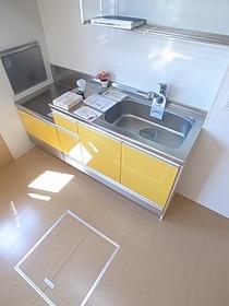 使いやすいシンプルなキッチンです♪