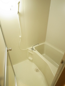 お風呂とトイレは別々!!