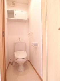 ★トイレもキレイに清掃中★