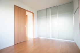 NKヴィラ 303号室