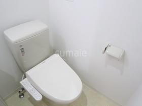 嬉しいウォシュレット付きトイレです♪