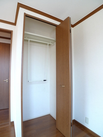 メイプルフラッツ 301号室