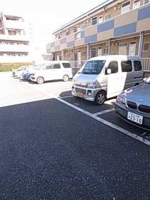 敷地内に駐車場あり☆