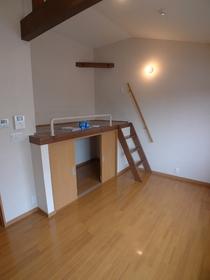 IVY HOUSE 202号室