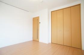 ヴァンクレール 201号室