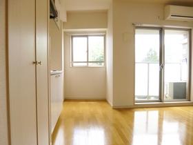 キッチン周りのスペースはこのようになっています