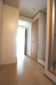 モンテローザ千鳥 303号室