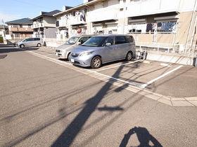 敷地内に駐車場あり!