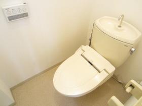 トイレも綺麗ですよ