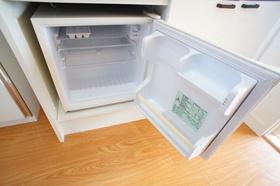 ミニ冷蔵庫月