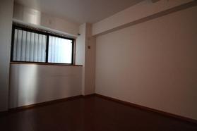 グリーンアベニュー 205号室