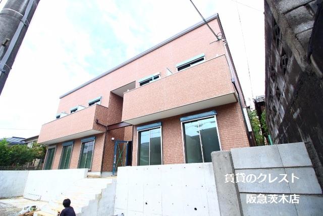 ネクスプロス総持寺/鉄骨/2階建て