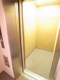 もちろんエレベーター完備!