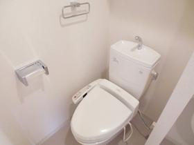 洗浄機能付きトイレです