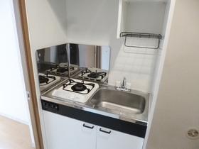 キッチンはこんな感じで1口ガスコンロ設置済です☆