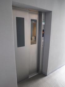 もちろんエレベーター付き!