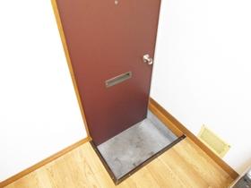 玄関スペースはこのようになっております♪