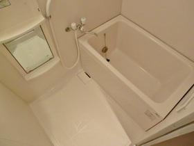 ゆったりできる浴室です!