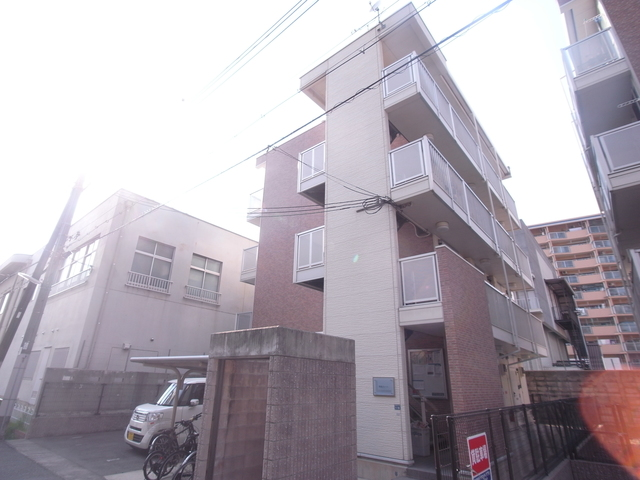 神戸市兵庫区駅前通4丁目の賃貸アパート