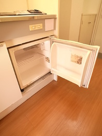 ミニ冷蔵庫ついてます☆