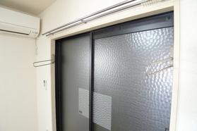 コーポローリエ 102号室