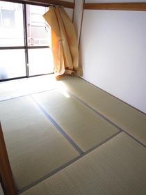 http://image.rentersnet.jp/6c689d38-ada9-4bcb-b0fe-9c72d50bb1f6_property_picture_961_large.jpg_cap_居室