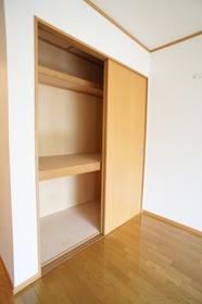 ローゼンハイム 206号室