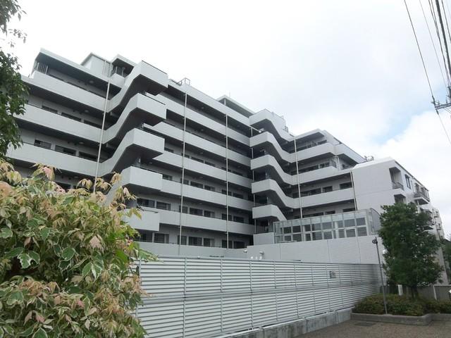 上野毛パーク・ホームズ・アダ-ジオの外観画像