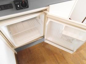 ミニ冷蔵庫もあります。