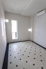 Grapadora池上 b-02号室