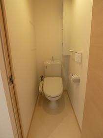 ウォシュレット付きのトイレです☆