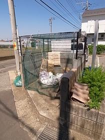 敷地内ごみ置き場☆