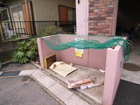 敷地内にゴミ置場があると便利ですよね