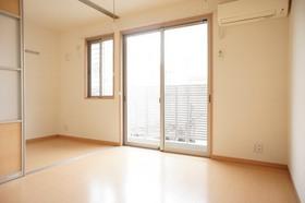 http://image.rentersnet.jp/74f6629a-e821-45a7-855d-f3004b33a678_property_picture_961_large.jpg_cap_居室