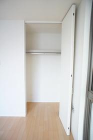 モトシャルマン 201号室