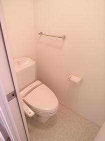 トイレにはウォシュレットも完備!
