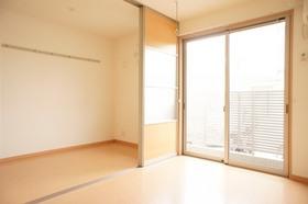 http://image.rentersnet.jp/764c0fb9-fccc-4204-b37b-4fbd1bcee3a2_property_picture_961_large.jpg_cap_居室
