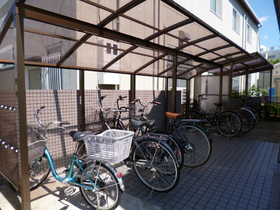 屋根付き駐輪スペース!
