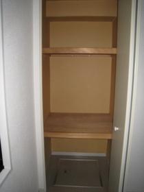 ハイム83 102号室